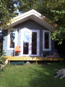 The writing hut_small